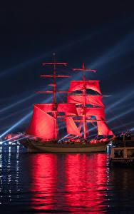 Bilder Russland Sankt Petersburg Flusse Segeln Schiff Rot Nacht Städte