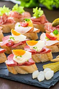 Fotos Fast food Butterbrot Brot Wurst Ei Lebensmittel