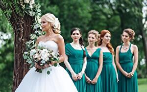 Fotos Sträuße Heirat Braut Kleid girlfriends