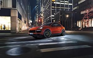 Wallpaper Porsche Night Street Orange Motion Cayenne Turbo 2019
