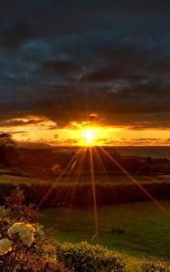 Fotos Morgendämmerung und Sonnenuntergang Lichtstrahl Sonne