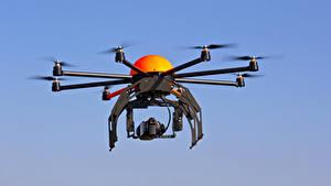 Fotos UAV Quadrokopter Flug Carbon Luftfahrt