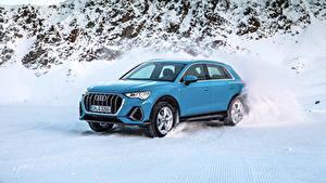 Bilder Audi Hellblau Schnee Metallisch 2018 Q3 quattro S line Worldwide Autos