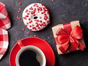 Hintergrundbilder Donut Kaffee Schleife Geschenke