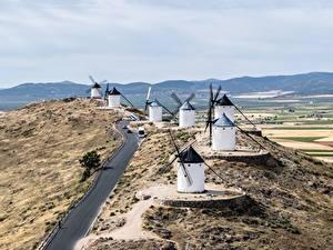 Hintergrundbilder Straße Spanien Windmühle Hügel Consuegra, Toledo