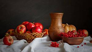 Bilder Stillleben Äpfel Mehlbeeren Kannen