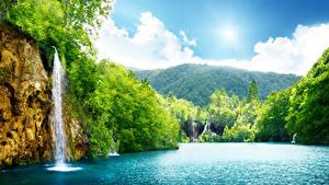 Hintergrundbilder Wasserfall Wälder Flusse Sommer Landschaftsfotografie Felsen
