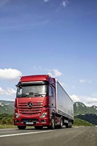 Hintergrundbilder Mercedes-Benz Lastkraftwagen Rot Bewegung 4x2 Actros auto