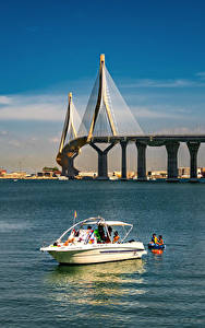 Desktop hintergrundbilder Spanien Brücke Jacht Himmel  Städte