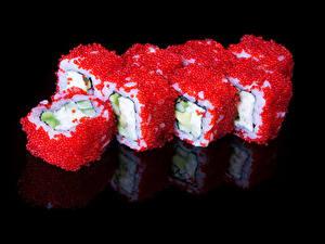 Bilder Meeresfrüchte Sushi Kaviar Schwarzer Hintergrund Lebensmittel