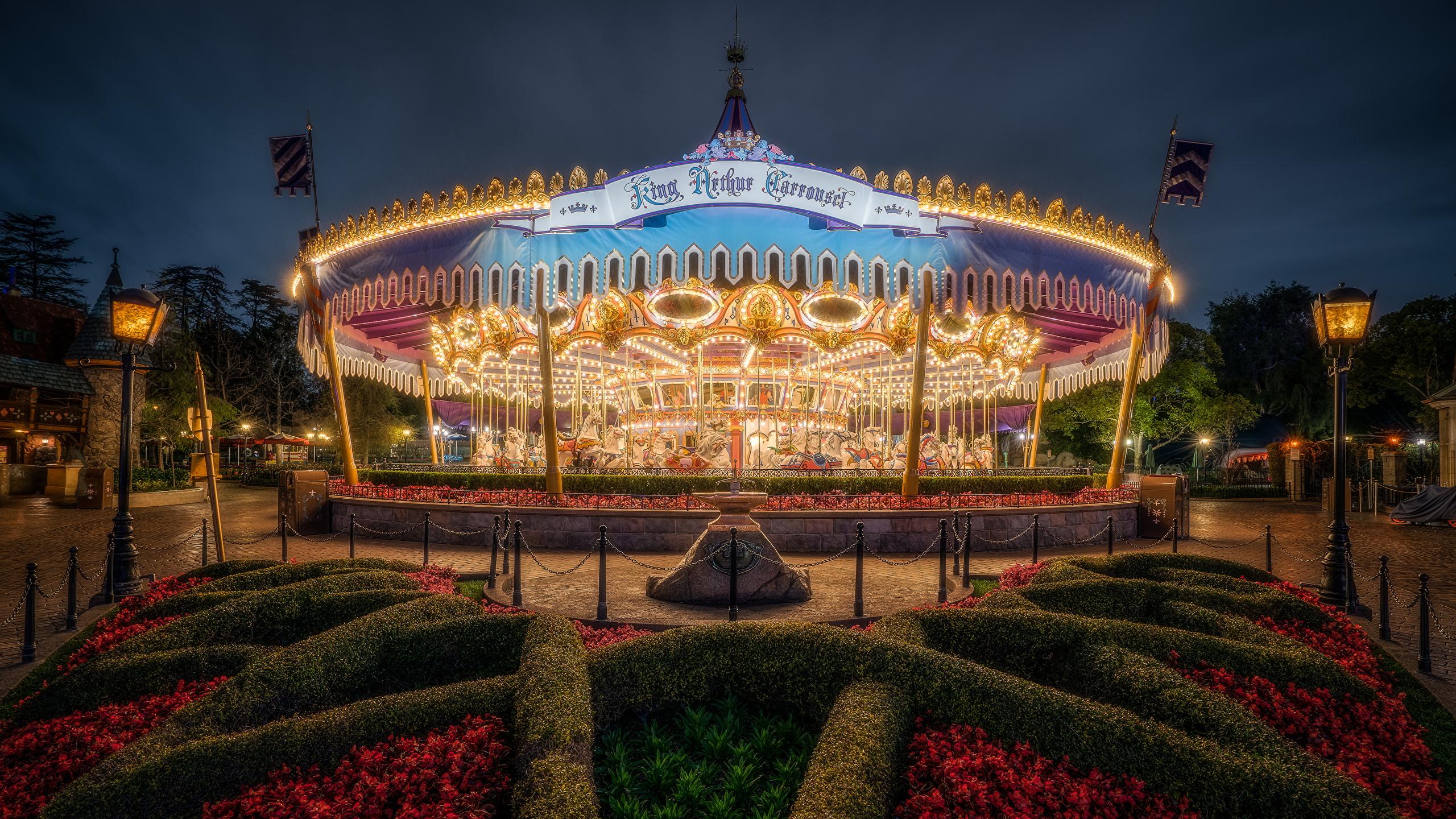 Desktop Wallpapers Anaheim California Disneyland Usa King 2560x1440