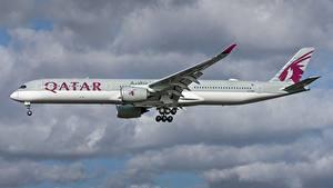 Hintergrundbilder Airbus Flugzeuge Verkehrsflugzeug Seitlich Qatar Airways, A350-1000