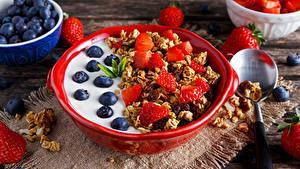 Hintergrundbilder Müsli Heidelbeeren Erdbeeren Frühstück