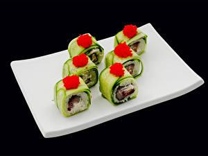 Hintergrundbilder Meeresfrüchte Sushi Rogen Schwarzer Hintergrund