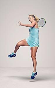 Fotos Tennis Bein American WTA CoCo Vandeweghe sportliches Mädchens