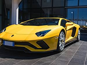 Bilder Lamborghini Gelb Coupe Aventador S Autos
