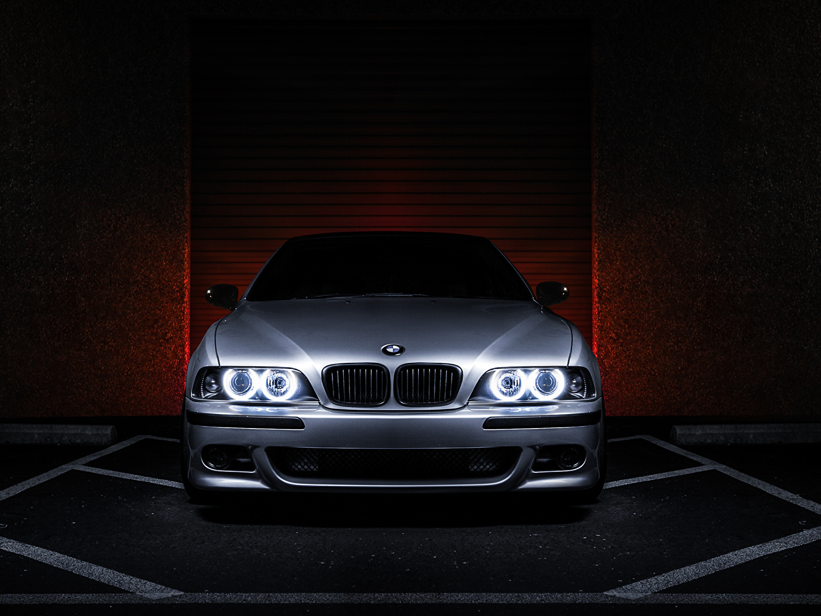 Photo Bmw E39 540i Silver Color Cars Front 1600x1200