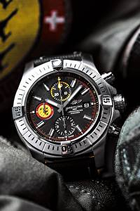 Bilder Uhr Armbanduhr Breitling Avenger Swiss Air Force Team