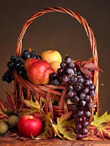 Hintergrundbilder Obst Weintraube Äpfel Birnen Stillleben Weidenkorb Blatt