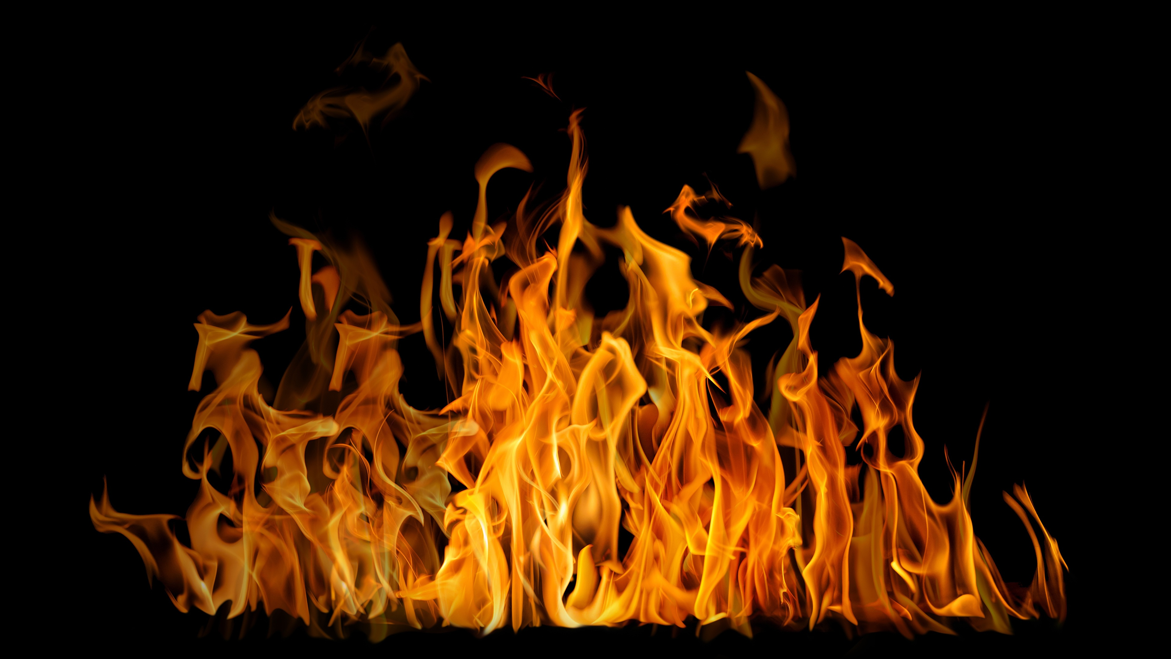 Photo Accelerated Oxidation Flame Black Background 3840x2160