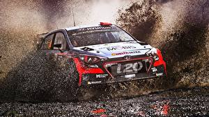 Fotos Hyundai Rallye Schlamm Spritzwasser i20 WRC Autos