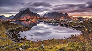 Wallpaper Norway Lofoten Building Mountains Sunrise and sunset Bay Reine Cities