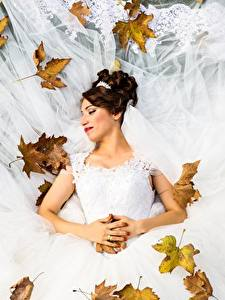 Images Autumn Foliage Brides Wedding Frock Brown haired young woman
