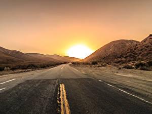 Fotos Straße Sonnenaufgänge und Sonnenuntergänge Sonne Asphalt