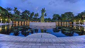 Hintergrundbilder Vereinigte Staaten Park Teich Denkmal Abend Florida Hand Straßenlaterne Holocaust Memorial Natur