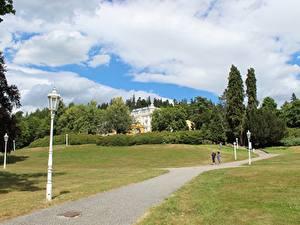 Fotos Tschechische Republik Gras Weg Straßenlaterne Marianske Lazne, Bohemia Städte