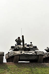 Wallpapers Tanks Soldiers Three 3 Russian  Army