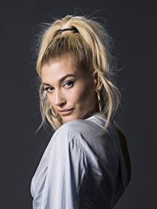 Hintergrundbilder Blond Mädchen Model Frisuren Blick Hailey Baldwin Prominente Mädchens