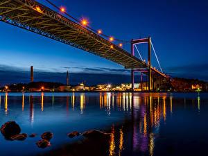 Hintergrundbilder Schweden Flusse Brücken Gebäude Nacht Straßenlaterne Gothenburg