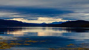 Hintergrundbilder Norwegen Lofoten Gebirge Abend Bucht Natur