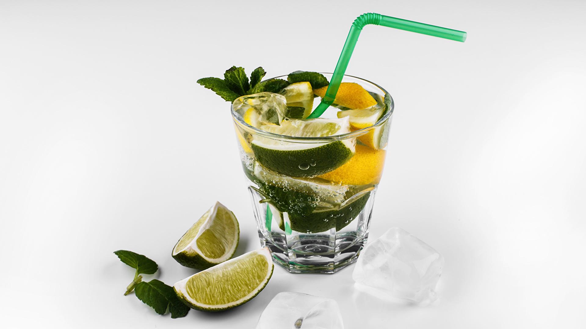 Foto Alkoholische Getränke Mojito Limette Cocktail Dubbeglas Lebensmittel Weißer hintergrund 1920x1080