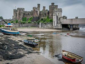 Hintergrundbilder Vereinigtes Königreich Burg Ruinen Küste Boot Wales Conwy Castle