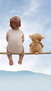 Hintergrundbilder Teddybär Himmel Junge Rücken Sitzen Kinder