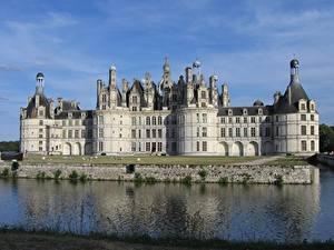 Bilder Burg Flusse Frankreich Denkmal Chambord castle, Loire river