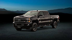 Bilder Chevrolet Pick-up Metallisch Schwarz 2018 Silverado 2500 HD Z71 Midnight Crew Cab automobil