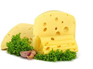 Hintergrundbilder Käse Knoblauch Weißer hintergrund Geschnitten