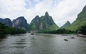 Sfondi desktop Fiumi Montagna Navi fluviali Cina Guilin and Lijiang River national park Natura
