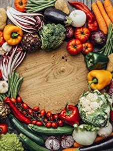 Hintergrundbilder Gemüse Paprika Tomate Zwiebel Kartoffel Schneidebrett Lebensmittel