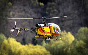 Hintergrundbilder Hubschrauber Spielzeuge Flug