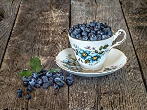 Fotos Beere Heidelbeeren Tasse Untertasse Bretter Lebensmittel