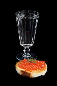 Fotos Wodka Butterbrot Rogen Brot Schwarzer Hintergrund Dubbeglas das Essen