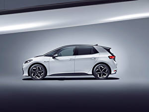 Papel de Parede Desktop Volkswagen Branco Metálico Lateralmente ID.3 1ST Worldwide, 2020 automóveis