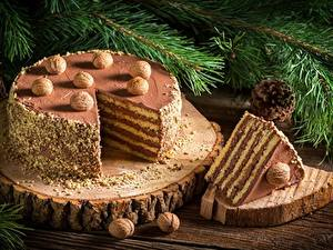 Fotos Torte Neujahr Schalenobst Stück das Essen