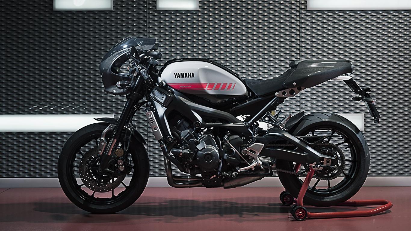 Картинка Yamaha Тюнинг XSR90 Abarth мотоцикл Сбоку 1366x768 Ямаха Стайлинг Мотоциклы