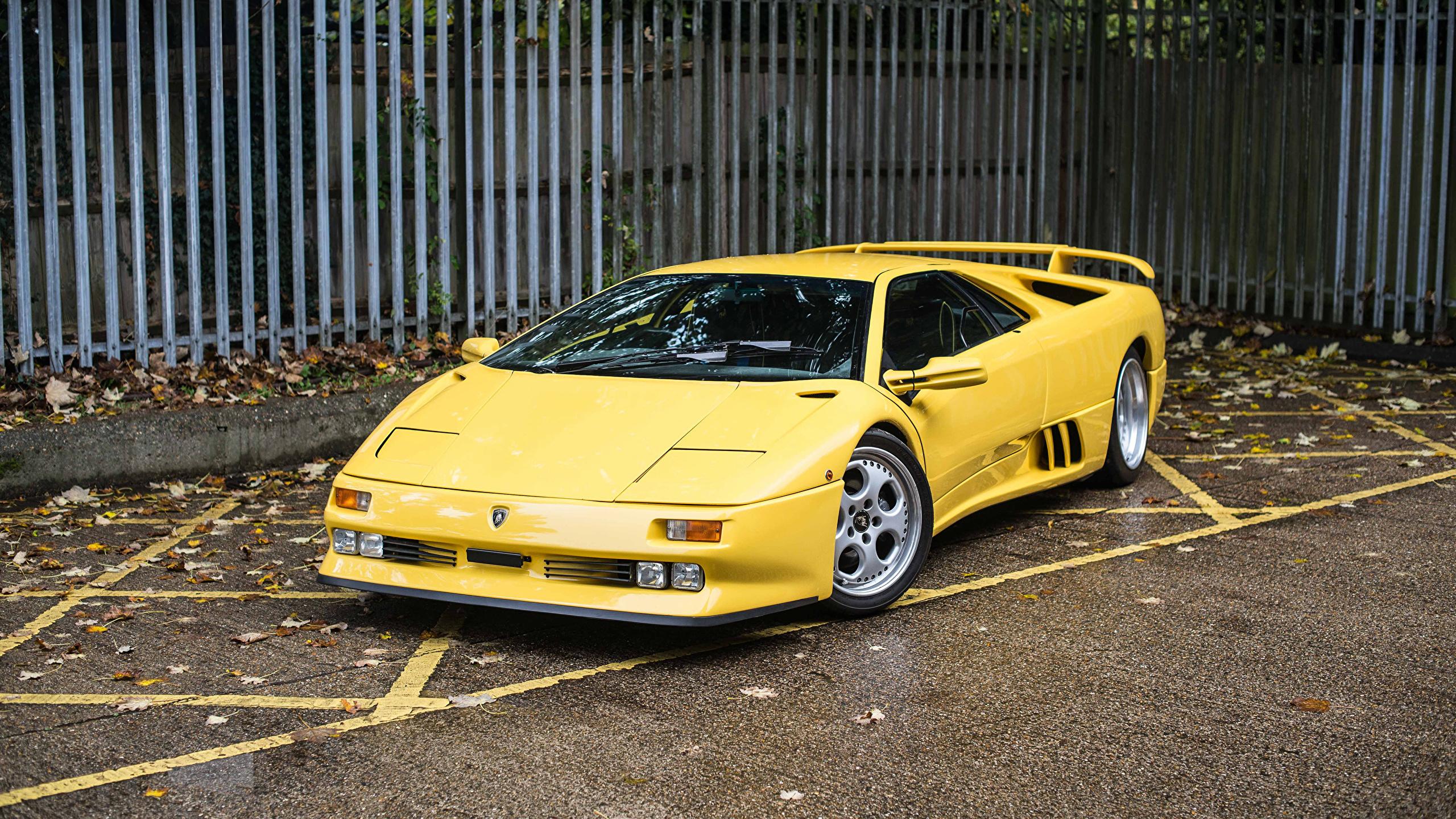 Images Lamborghini 1994 95 Diablo Se30 Yellow Vintage Cars 2560x1440