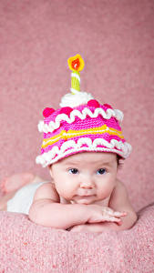 Fotos Kerzen Baby Mütze Blick Design kind